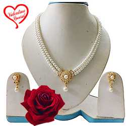Stylish and Classy Pearl Set with Matching Earring... to Hyderabad