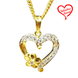 Magnificent Heart Shaped Pendant to Hyderabad