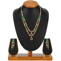 Stylish Necklace with Earrings Set to Chavara
