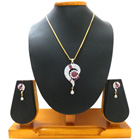 Inflated Sheen Pendent and Earrings Set to Chandigarh