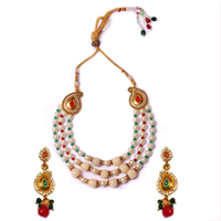 Pretty Necklace Set for Beautiful Lady to Bade Bacheli