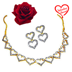 Heart Necklace and Earring  Set from Avon to Bhubaneswar