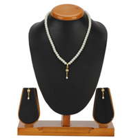 Pretty Fashion Pearl Pendent  N  Earring Set to Almora