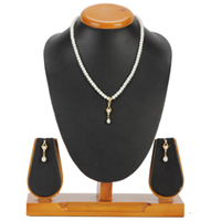 Stunning Pearl Pendent Set with Matching Earrings to Ambur