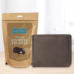 Arresting Rich Borns Gents Wallet with Assorted Truffle Chocolates to Adra