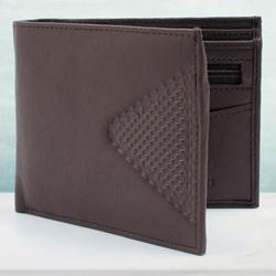 Exclusive Leather Wallet for Him to Allahabad