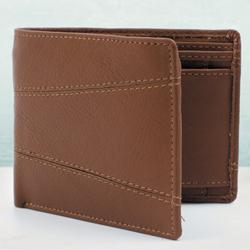 Impressive Brown Color Mens Leather Wallet to Allahabad