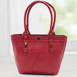 Amusing Red Color Leather Vanity Bag for Women to Akola