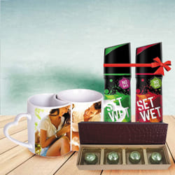 Alluring Personalized Gift Hamper for Anniversary to Aizwal