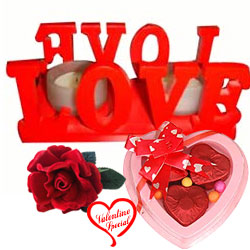 Love Candle Stand Gift with 2 Candles with a 3 pcs... to Hyderabad