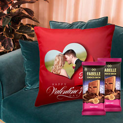 Beautiful Personalized Cushion with ITC Fabelle Chocolate Twin Bars to Amreli