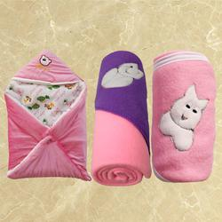 Remarkable Fleece Hooded Blanket for New Born Babies to Akurdi