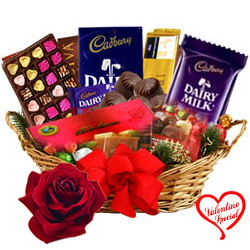 Exquisite Gift Hamper Basket for Big Celebration to Chirala