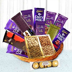 Lovable Chocolate Family Hamper Basket to Agra