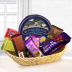 Graceful Festive Carnival Chocolate Hamper to India