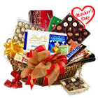 Popular Temptation Basket of Assorted Chocolates to Alapuzha