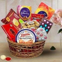 Exquisite Goodies Gift Hamper to Ahmedabad
