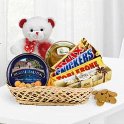 Chocolaty Treat Gift Basket with Teddy<br> to Bandipore