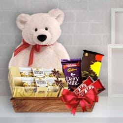 Glorious Christmas Charm Gift Hamper<br> to Mumbai