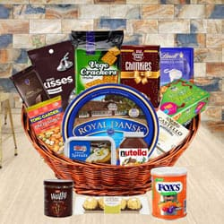 Exclusive Gourmet Gift Basket for Dad to Amadalavalasa