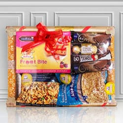 Blissful Sweets N Namkeen Hamper to Bahauti