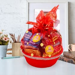 Wonderful Gift Basket to Mohali