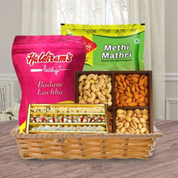 Delightful Basket of Tasty Treats for Mom to Alwar