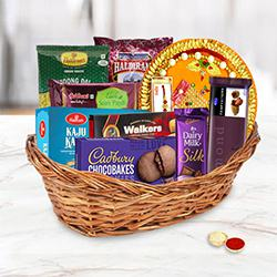 Celebration Gifts Basket for Family to Aligarh