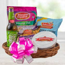 Exquisite Food Hamper to Ahmadnagar