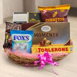 Exclusive Gourmet Gift Hamper to Allahabad