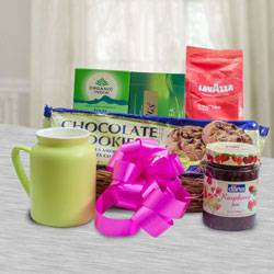 Marvelous Breakfast Gift Basket to Akola