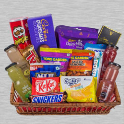 Mothers Day Gift Basket of Assortments to Alwar