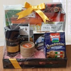 Marvelous Luxurious Goodies Gift Hamper to Agra