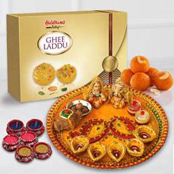 Laxmi Puja Complete Hamper to Chandigarh