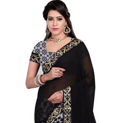 Peach�s Garnish Black Georgette Saree to Bhadrawati