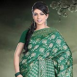 Lovely Deep Green Color Handwoven Silk Saree to Padi