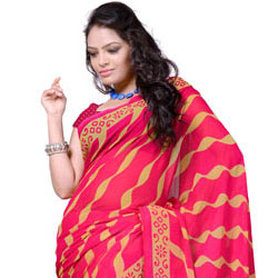 Soothing Stripe Printed Saree in Red to India