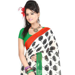 Exclusive White Coloured Dani Georgette Printed Saree with Floral Decors to Bangalore