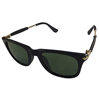 Admirable Sunglass Gift for Gentleman to Baran