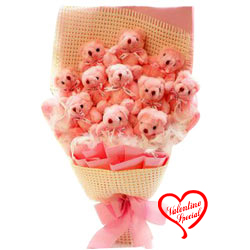 Precious Bouquet of Teddy Bear to Bardez