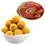 Traditional Combo of Tasty Besan Ladoo N Pooja Tray to Diwali_uk.asp