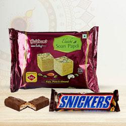 Yummy Combo of Haldirams Soan Papdi N Snickers to Diwali_uk.asp