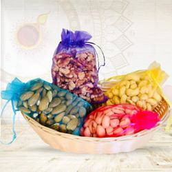Assorted Dry Fruits Gift Pack with Laxmi Ganesh Idol to Diwali_usa.asp