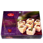 250 Gms. Haldirams Soan Papri<br /><font color=#0000FF>Free Delivery in USA</font> to Rakhi_to_usa.asp