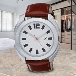 Wonderful Fastrack Casual Analog Mens Watch to Allahabad