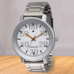 Appealing Fastrack Casual Analog Mens Watch to Aligarh