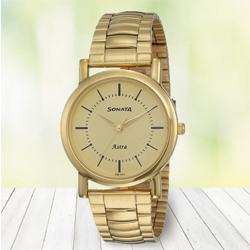 Stunning Sonata Analog Mens Watch to Alapuzha