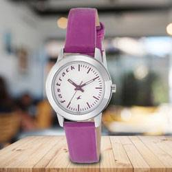 Marvelous Fastrack Fundamentals Analog Womens Watch to Aleppy