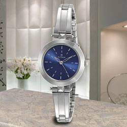 Remarkable Titan Analog Womens Watch to Jamshedpur