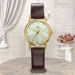 Marvelous Titan Karishma Revive Analog Womens Watch to Ajmer
